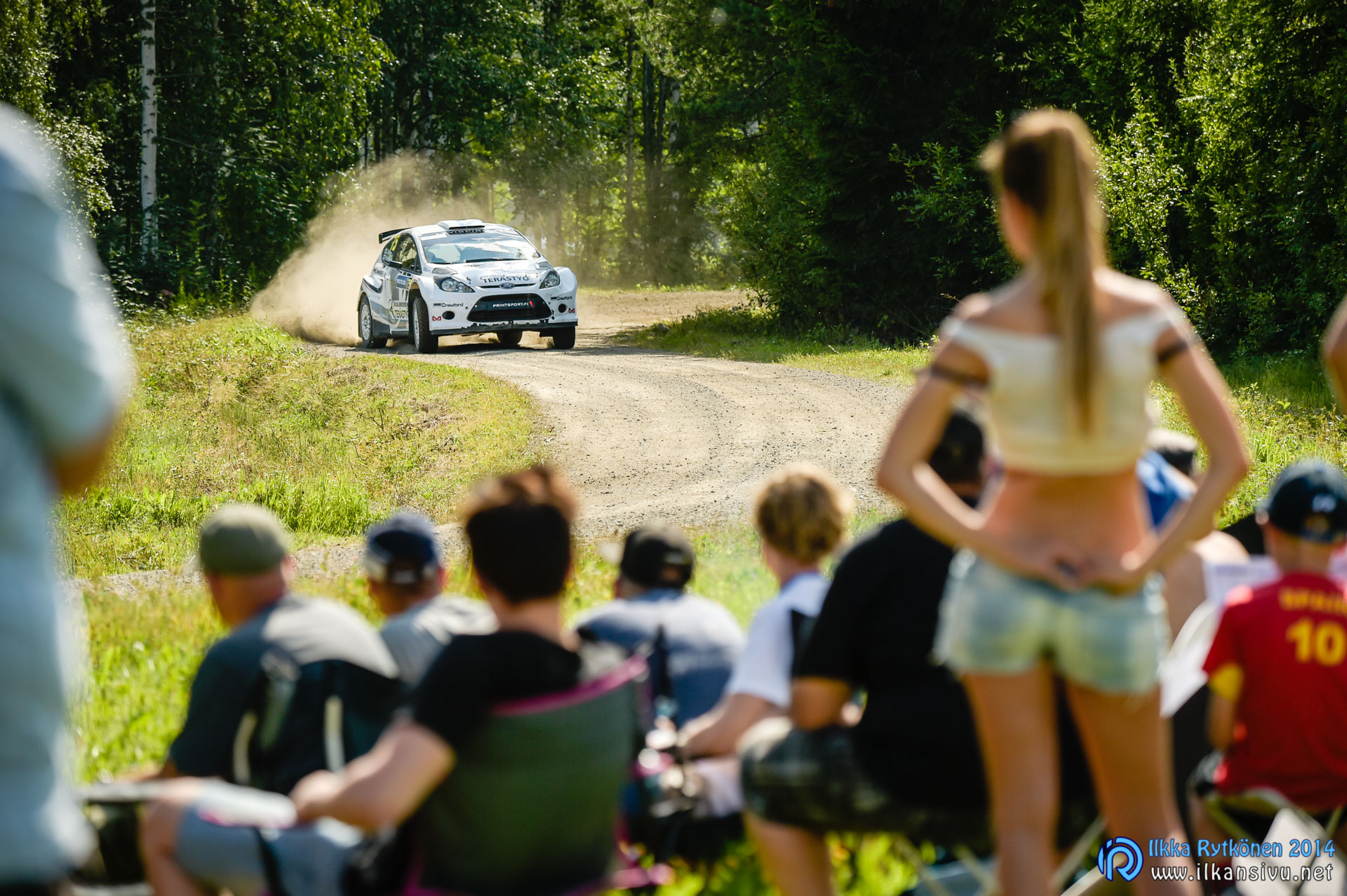 1/1000 s, f/6,3, ISO 125, 230 mm ( AF-S Nikkor 80–400mm f/4.5-5.6G ED VR), Jouni Virtanen, Neste Oil Rally Finland 2014